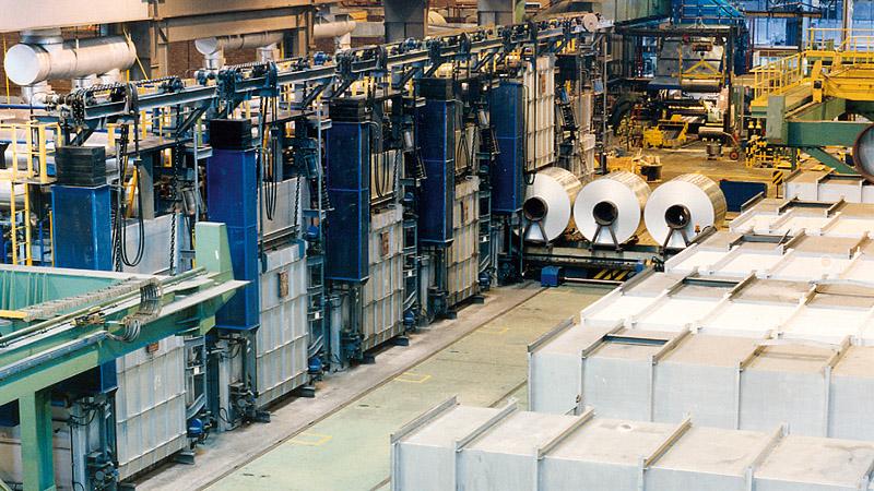 apilamiento de bobinas de aluminio