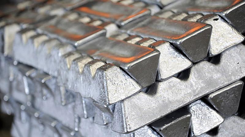 Plantas para fabricación de lingotes y aluminio liquido