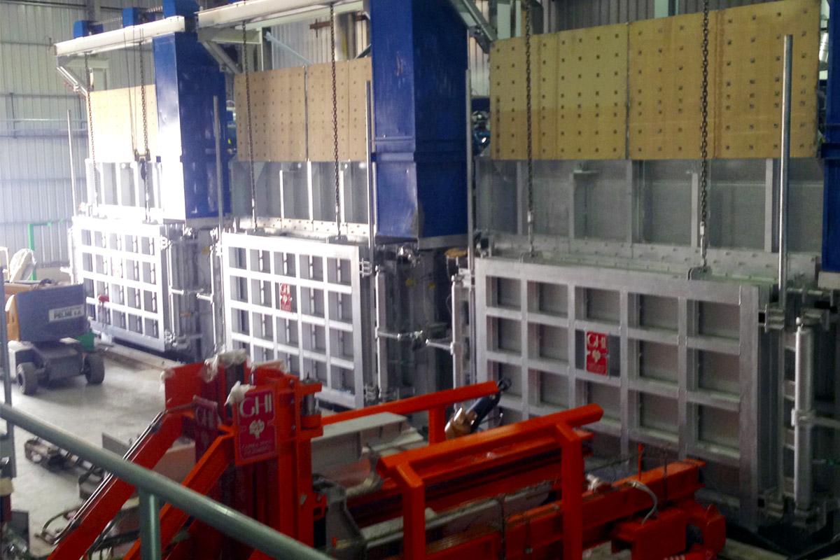 Planta para el precalentamiento de placas de aluminio en Aluar, Argentina
